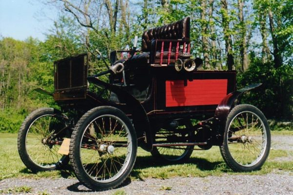 photo of a Grout Steam Car